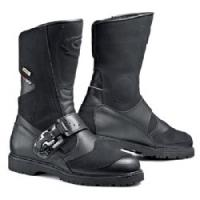 The Canyon Gore-Tex uses a 100% top grain outer and is equipped with a Gore Tex waterproof, breathable membrane lined inner. It's a great example why Sidi is the preeminent motorcycle boot maker in the world! Whether you like the style of the Canyon model,